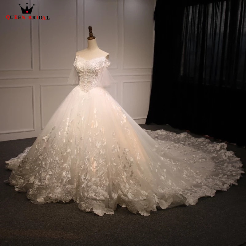 Jeweled Ball Gown Wedding Dresses: Ball Gown Big Train Tulle Flowers Lace Beaded Luxury Bride