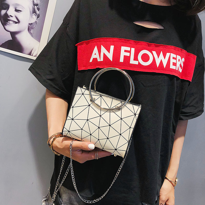 2019 new transparent shoulder bag Korean version of the chain wild rhombic slung female bag small square bag 2