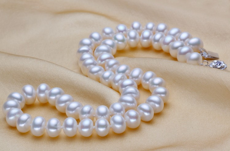 noble women gift Jewelry Silver Clasp 17INCH AAA+ Handmade 9.5-10MM beads Elegant natural pearl freshwater pearl necklaces noble women gift Jewelry Silver Clasp 17INCH AAA+ Handmade 9.5-10MM beads Elegant natural pearl freshwater pearl necklaces