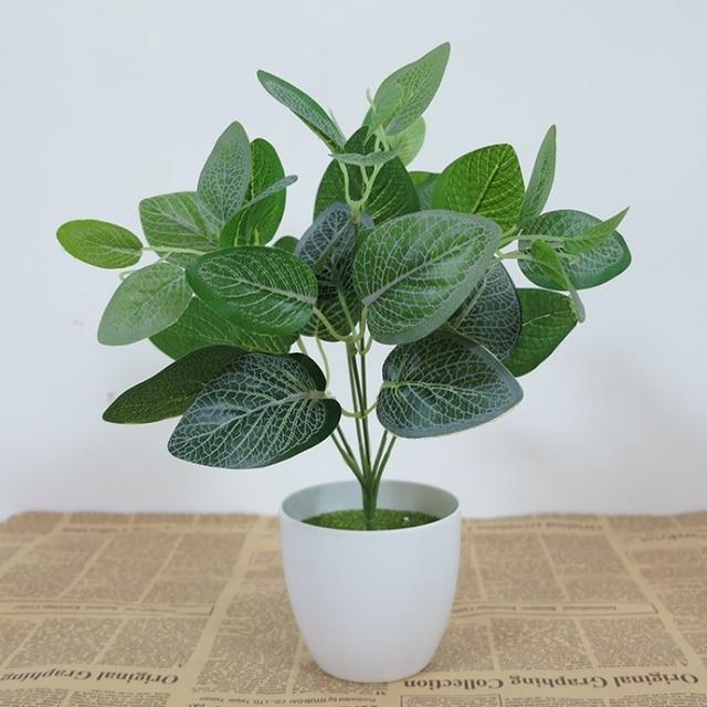 plante verte en plastique