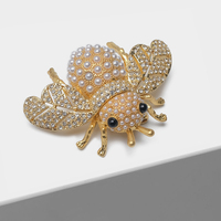 Amorita boutique Bee flash pin fashion insect pearl brooch