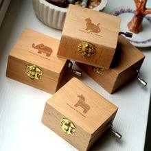 Creative home decoration wooden hand music box retro clockwork mechanical desktop decorations gift