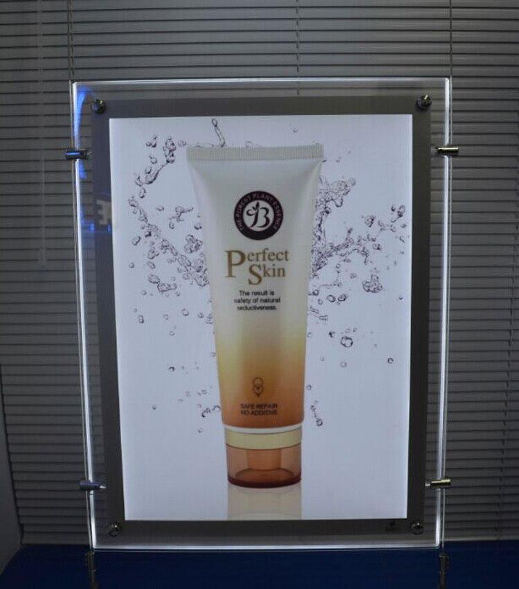 Marco de cristal 2 lados vista vertical publicidad gráfica llevó ...