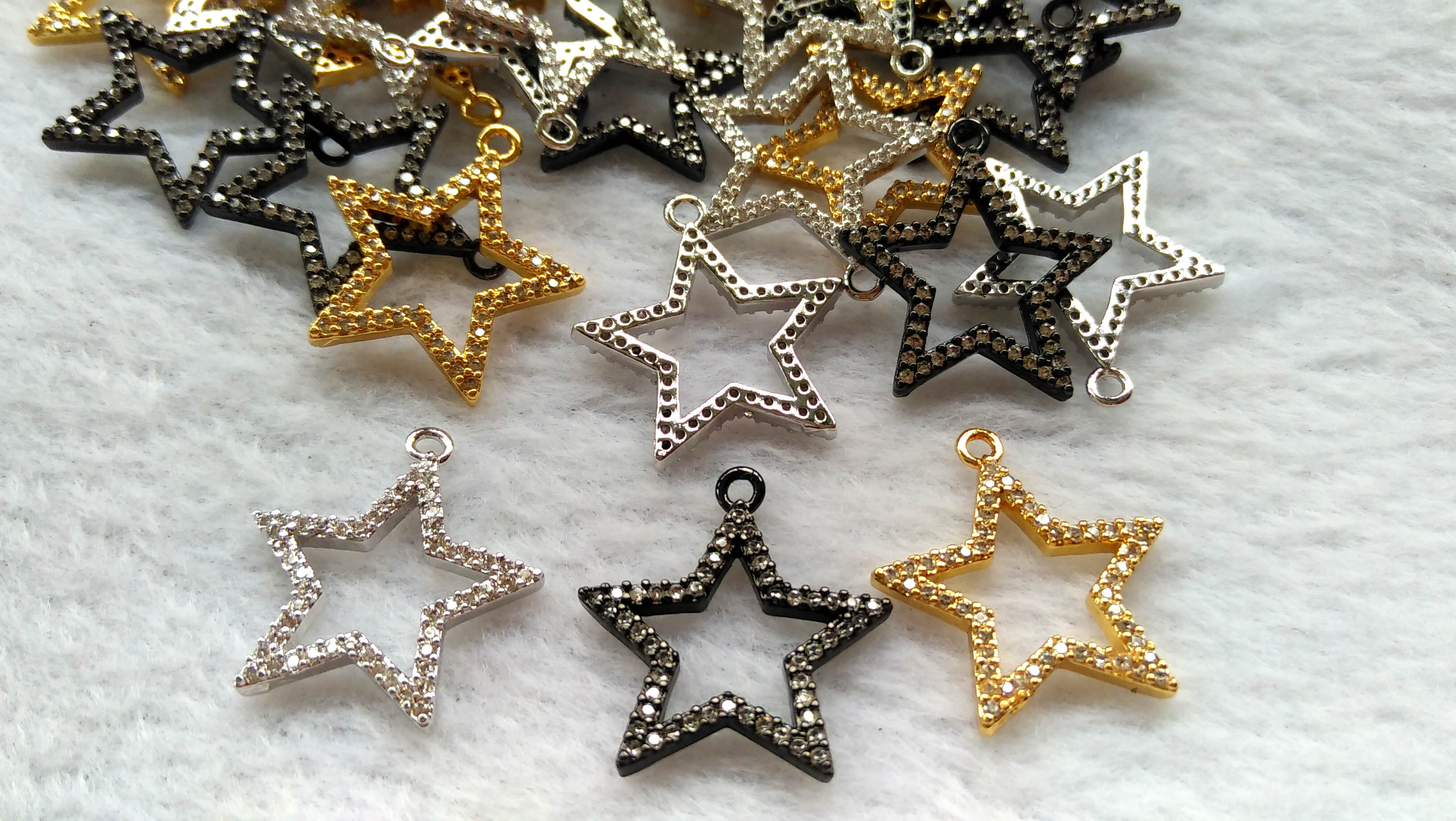 En vrac 10 pièces 30mm CZ Micro Pave étoile pendentif, cristal étoiles perles charme pour collier Bracelet boucles d'oreilles faisant