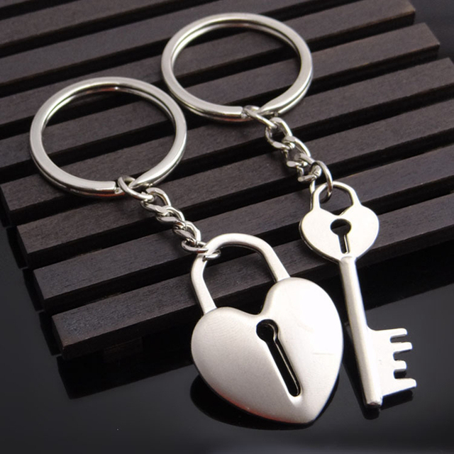 SUTEYI New Couple Keychain Lovers Heart Key Chain Ring Trinket Jewelry Heart lock Valentine's Day Wedding Gift