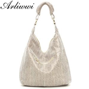 Image 4 - Arliwwi 100% en cuir véritable brillant Serpentine sacs à bandoulière grand décontracté doux réel serpent en relief peau grand sac sacs à main femmes GB02