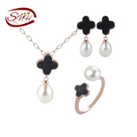 SNH Hot Sale Natural Freshwater Pearl Jewelry Set Nice Women Design Earring Pendant And Rings Set