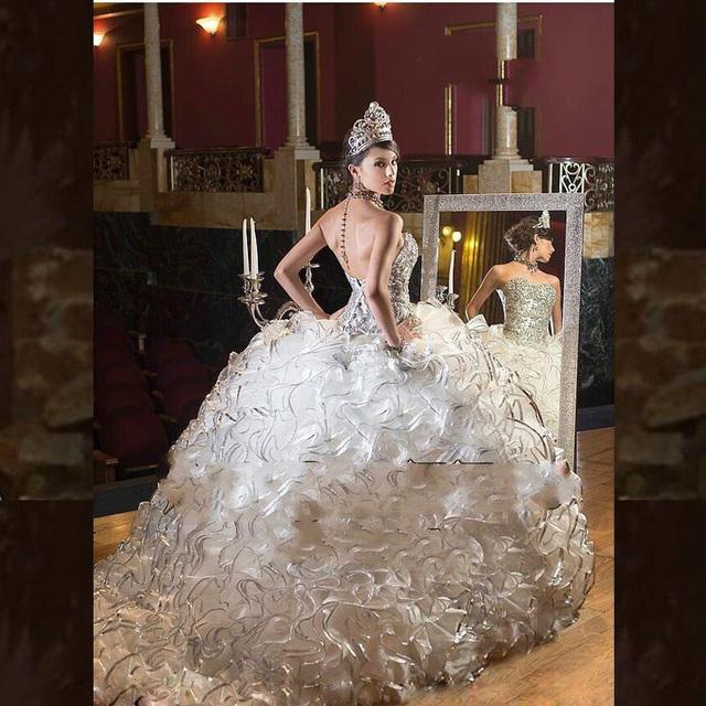 Vestidos de 15 años Nobre Branco Vestidos Quinceanera 2017 Querida Quinceanera Vestidos com Beads Corset Organza Custom Made