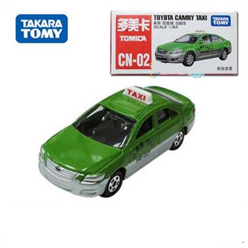 New youngsters toys tomy tomica inexperienced alloy Toyota Camry taxi automobile die forged collectible mannequin automobiles for Christmas day present