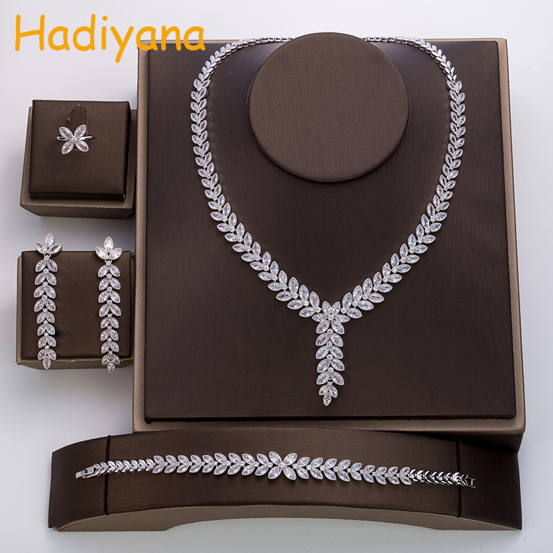 Hadiyana New Luxury Leaf Design Wedding Jewelry Set Ladies Hot Zircon Party Accessories Set of 4pc Jewelry Free Shipping TZ8048 a suit of chic rhinestoned leaf wedding jewelry set for women