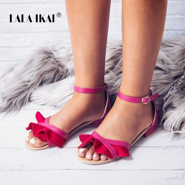 LALA IKAI/Для женщин Туфли с ремешком и пряжкой плоские сандалии цветок Летние женские туфли открытый носок Sandales Femme zapatos mujer 014XWA1478-49