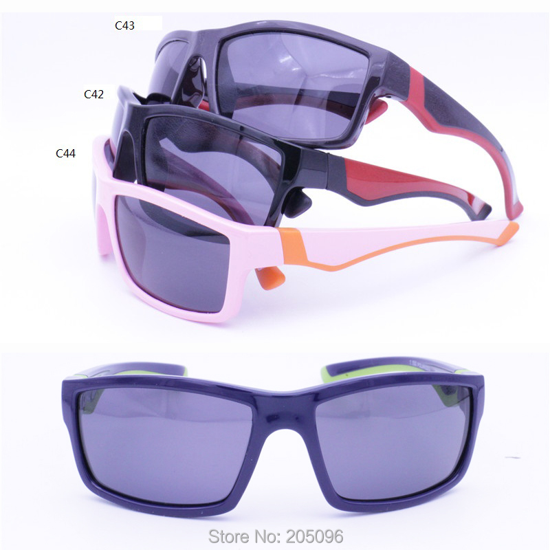 a9846fe3f8e8 High classic 7024 soft and flexible TR90 polarized UV400 durable double  colors traveling sunglasses for boys