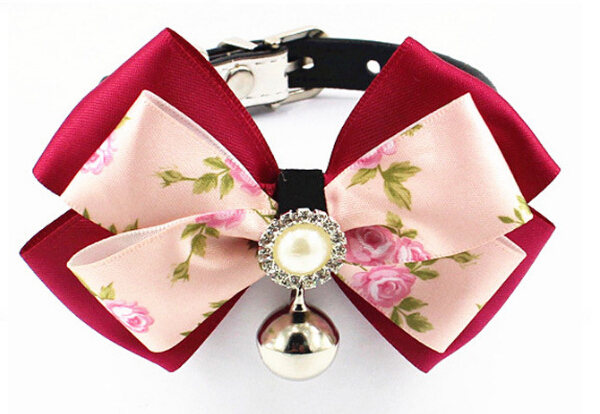 New dogs cats fashion bowknot pearl collar doggy PU leather collars with bell puppy supplies pets