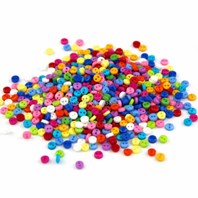 100 x 6mm Resin Buttons Small Mixed Colours Dolls Round Flat 2 Holes Crafting