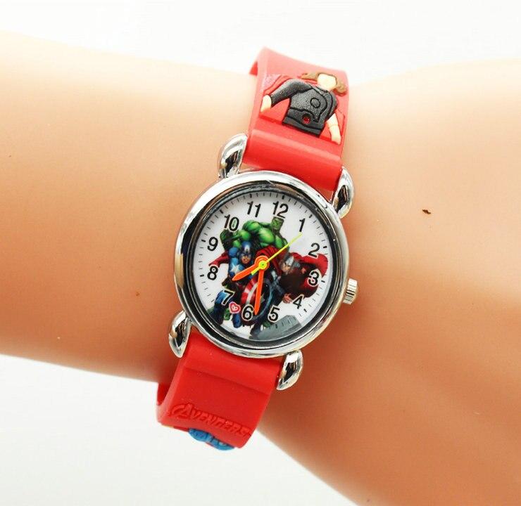 1 Teile/los Einzelhandel Großhandel Neue Heiße Verkäufe Kind Geburtstag Geschenke 3d Cartoon Avengers Silikon Jungen Studenten Armbanduhr