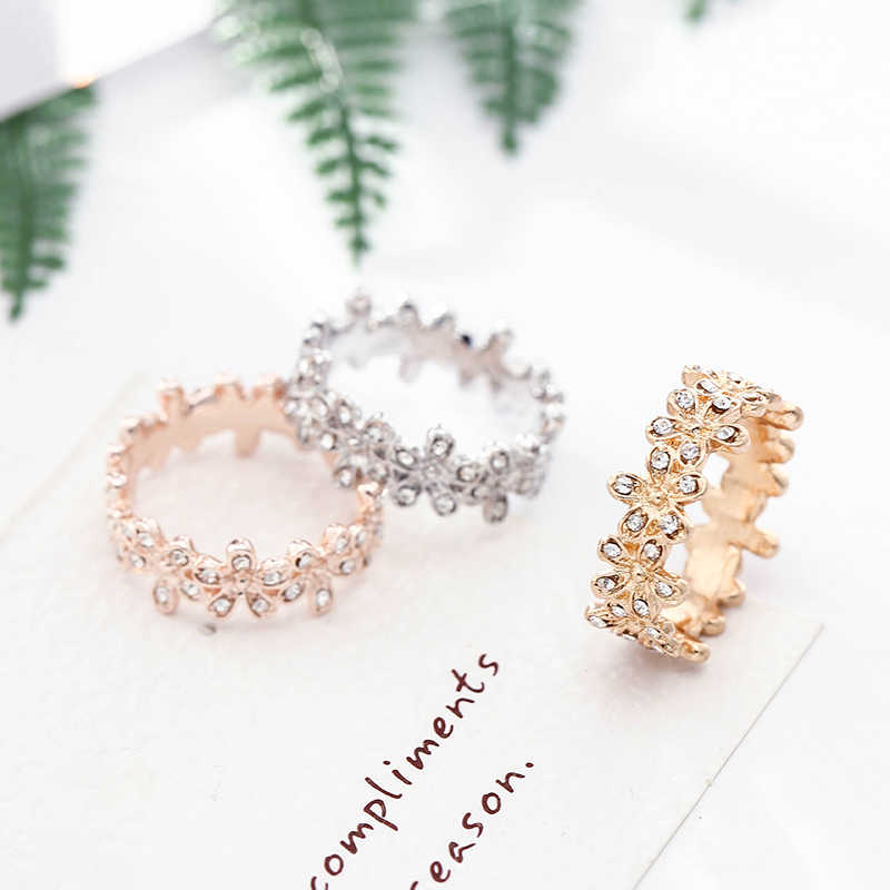 6e95c8ab7 TOGORY New Arrival Dazzling Daisy Genuine compatible Silver Color Pandora  Ring Fit jewelry Women Wedding Accessories