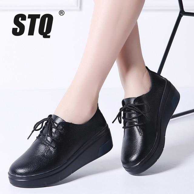 STQ 2020 Winter Women Platform Sneakers Shoes Ladies Genuine Leather Lace Up Flats Women Plush Fur Platform Flats Shoes 1278