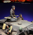 Resin Kits  1/35 Scale The German armored force include 3 soldiers      Resin Model DIY TOYS