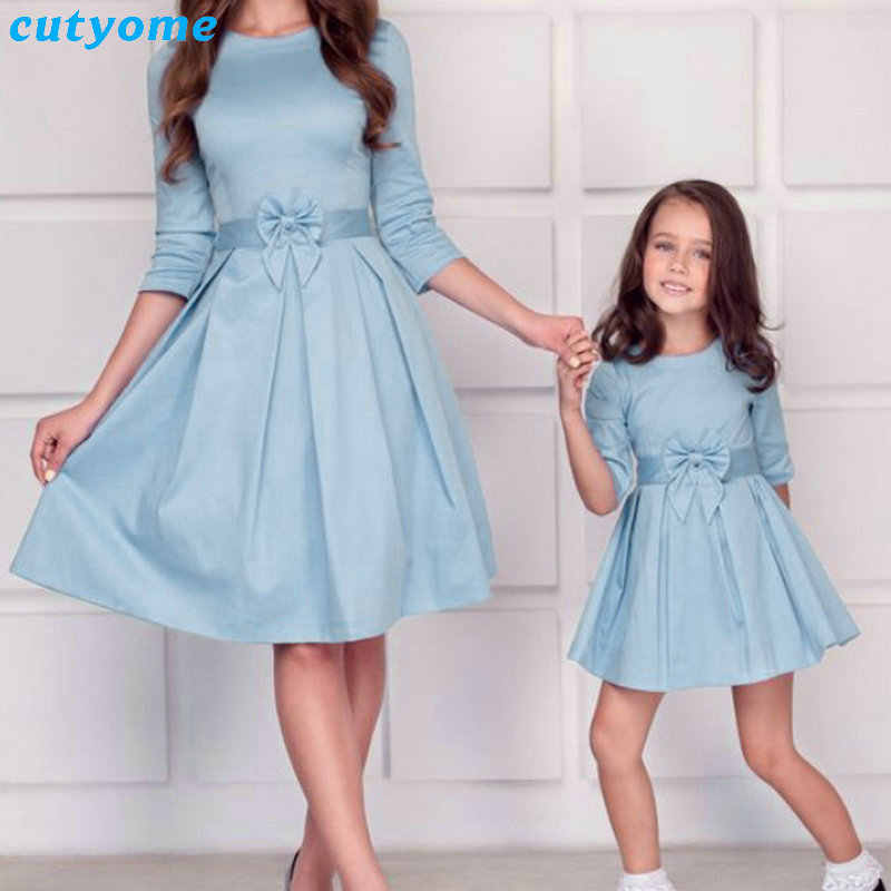 d8ae81d856 Mother Daughter Matching Princess Dresses Maxi Dress Soild Sundress Bow  Outfits For Mommy And Me Family