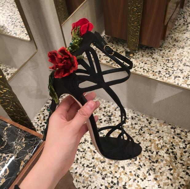 Sandalias Mujer/2018 г. дизайнер вырос босоножки на высоком каблуке Для женщин с перекрестными ремешками с цветочной обмотки Sandalias пикантные Туфли гл
