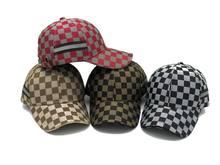 Plaid Rojo Sombrero de los clientes - Compras en línea Plaid Rojo ... b3c481a3eaa