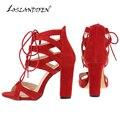 Loslandifen novas mulheres da moda sapatos bombas faux velvet tiras no tornozelo do dedo do pé aberto saltos altos quadrados bombas verão sapatos de noiva 368a-ve