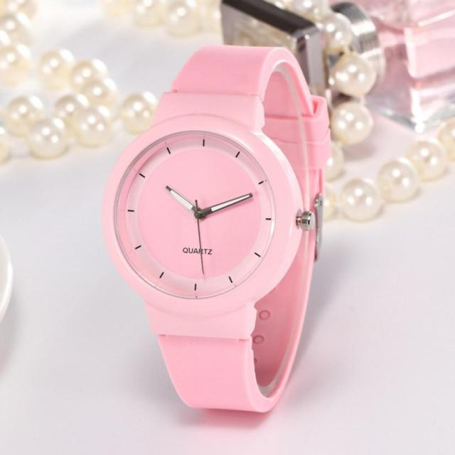2018 Woman Fashion Casual Silicone Strap Analog Quartz Round Watch Women Watches