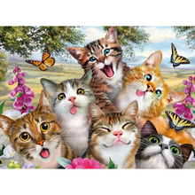 Cute Cat Diamond embroidery circle diamond  painting rhinestone crystal home decoration