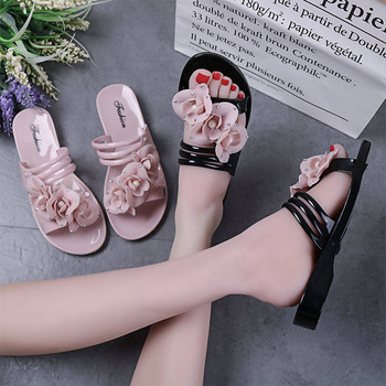 New flowers beach shoes ladies flat bottom home indoor and outdoor bathroom sandals and slippers 1