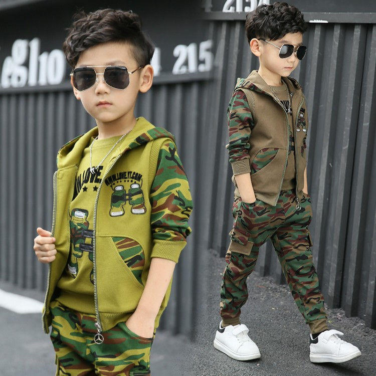 2018 Boys camouflage clothing set 3pcs for big kids Hooded Jacket T-shirt pant clothes suit 3 5 6 7 8 9 10 11 years2018 Boys camouflage clothing set 3pcs for big kids Hooded Jacket T-shirt pant clothes suit 3 5 6 7 8 9 10 11 years