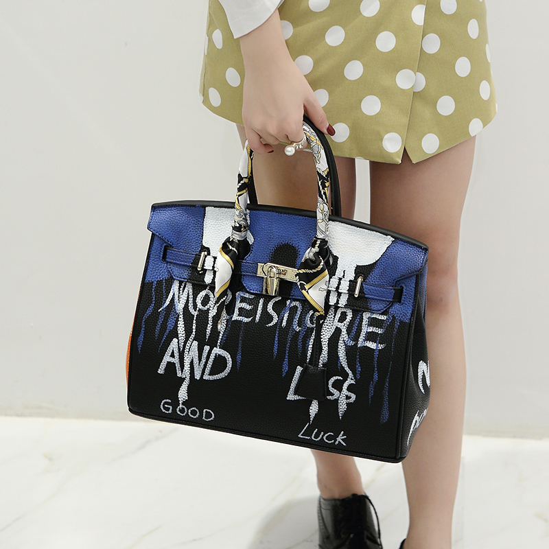 11.11Super Deal My Pocket Bag  fashion casual tote bag Cartoon graffiti clutch bag35*17*26cm