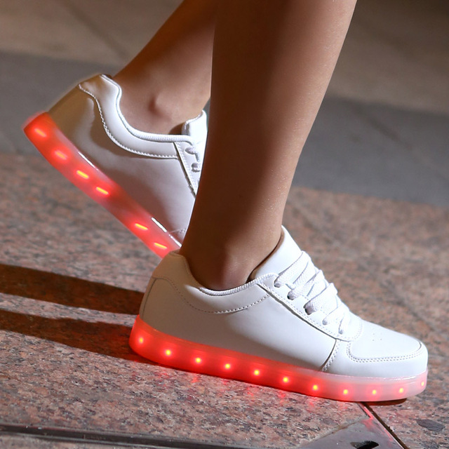 Colorful LED Shoes for Adults Unisex Women USB Charging Light up Glowing Casual Shoes Colorful Simulation Luminous Neon Basket