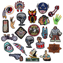 Punk Hand Patches Rock Heart Clothing Stickers Iron on Patch Funny Embroidery Applique Accessories Skull Badges For Jeans Coat(China)