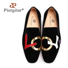 Piergitar 2019 בעבודת יד שחור קטיפה נעליים עם מכתבי אהבת עיצוב אופנה מסיבת חתונה גברים מוקסינים בתוספת גודל גברים של דירות