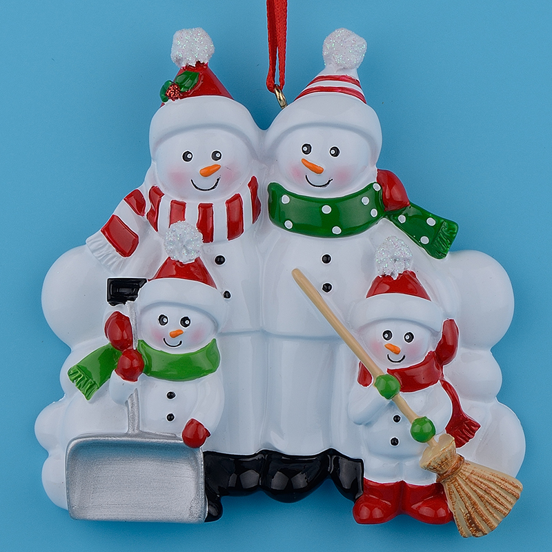 Buy snowman family shovel of 4 polyresin for Purchase christmas decorations