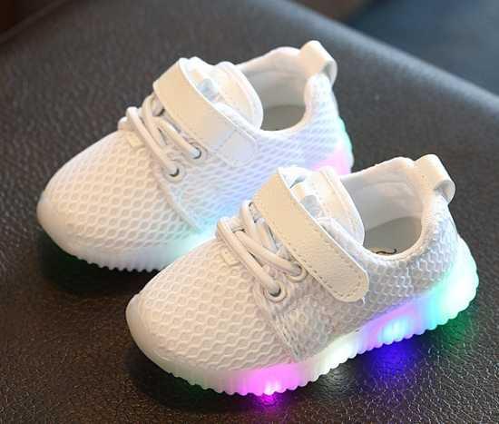 2019 Осенние новые модные дышащие розовые спортивные кроссовки для отдыха для девочек белые туфли для мальчиков Брендовая детская обувь