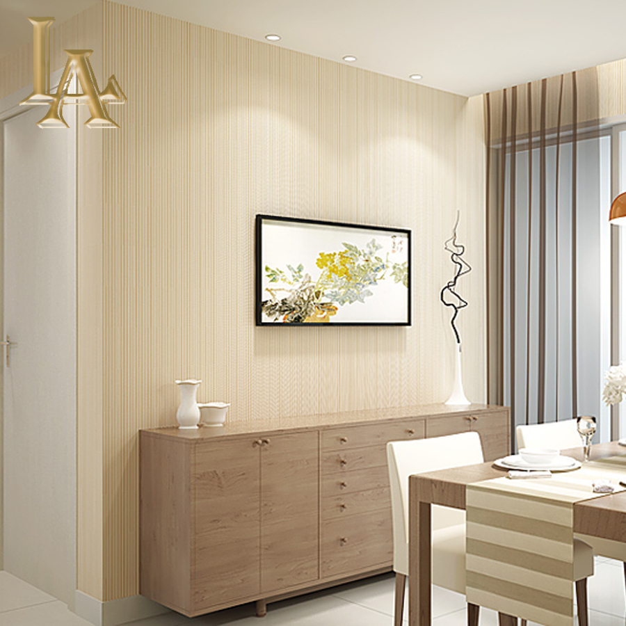 Eenvoudige Beige Bruin Grijs Goud Gestreepte 3D Behang woonkamer ...