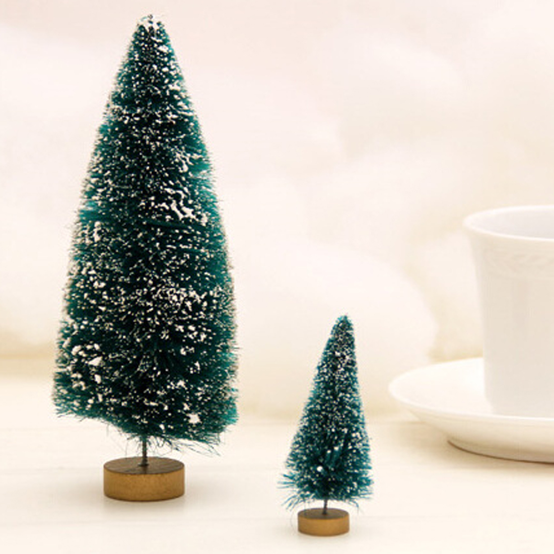 Best Sale Christmas Tree A Small Pine Tree Placed In The Desktop Mini Christmas Tree Decoration For Home Xmas
