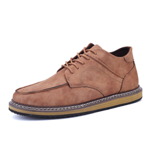 New Autumn Fashion Thick Heel Mens Casual Shoes British Style Vintage Popular High Quality Medium Top Men Single Shoes