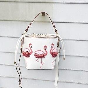 Image 5 - ブランドのファッションショーの女性のバッグ pu leaather 女性フラミンゴバケットバッグ女性のショルダーバッグデザイナーハンドバッグ XS 92