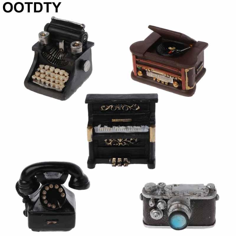 Newborn Photography Props Infant DIY Props Studio Accessories Retro Resin Mini Small Decoration Creation Gentlemen Camera