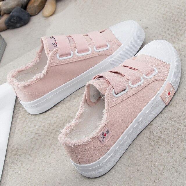 Bahar Kadın Ayakkabı kanvas ayakkabılar Kanca Döngü vulkanize ayakkabı Toka Moda Yuvarlak Ayak Platformu Flats Kız Için yürüyüş ayakkabısı