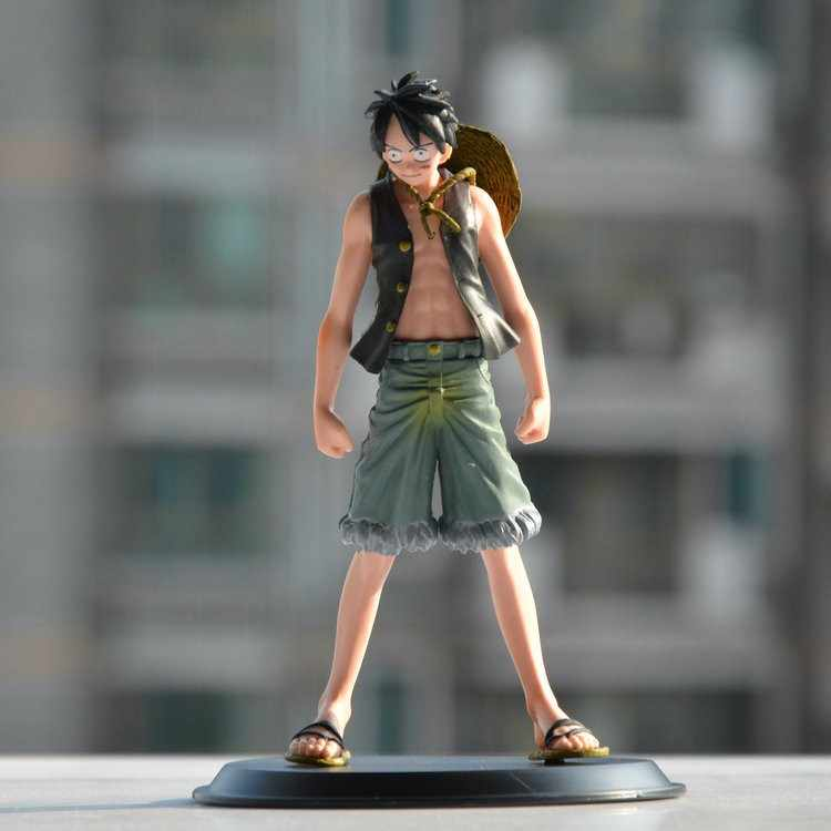 Anime One Piece Monkey. d. one Piece Monkey D. Luffy Straw Hat Luffy PVC Action Figure Patung Resin Koleksi Model Mainan Boneka Hadiah Cosplay