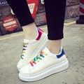 Mulheres Casuais Sapatos de Caminhada Respirável Sapatos Sapatas de Lona Das Mulheres Da Marca de Luxo Lace-Up Rainbow Apartamentos Para Estudantes do Sexo feminino 2016 nova