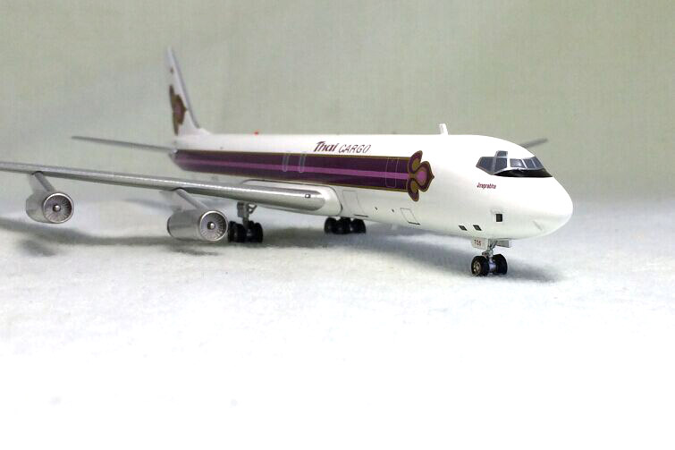 IF 1: 200 Thai Douglas DC-8-62 aircraft model alloy HS-TGS Limited Collector Model 1 400 jinair 777 200er hogan korea kim aircraft model