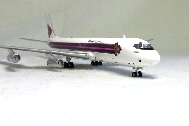 Inflight 1: 200 Thai Airways Douglas DC-8-62 aircraft model alloy HS-TGS Limited Collector Model