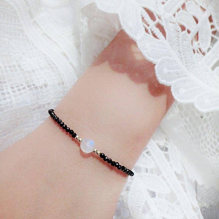 Natürliche Stein Schwarz Spinelle 2-3mm Faceted Perlen & Weiß Mondstein 7-8mm Perlen & 925 sterling Silber Verschluss Armband 7 ''-8''