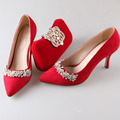 Elegant red flock pointed toe woman pumps rhinestone diamonds brooch with matching rhinestone clutch handbag party banquet kit
