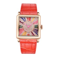 МАТИСС Мода Полный Diamond Dial Кожаный Ремешок Женщины Дамы Кварцевые Часы Наручные Часы