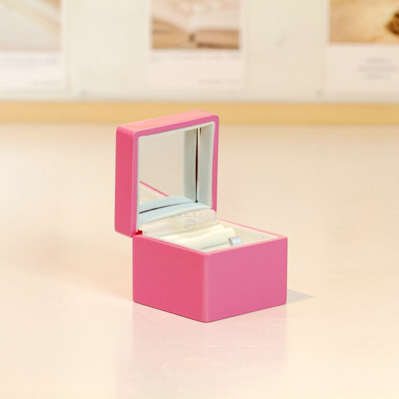 Mini ring jewelry music box gifts for girls creative propose ring box